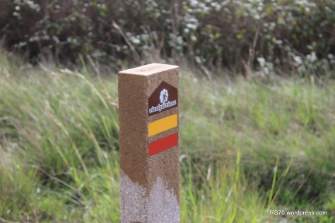 Um projecto interessante. Na prévia preparação do trajecto, usei como referencia partes da Via Algarviana. http://www.viaalgarviana.org/