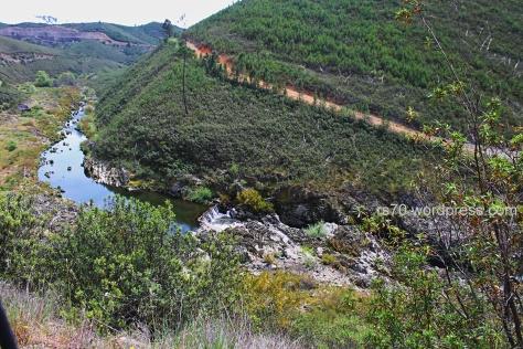 Acesso à Ponte Romana da Cova do Moinho